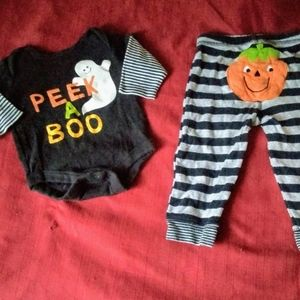0-3 Month- Halloween Outfit + Extras! NWOT